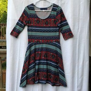 Dresses & Skirts - Women's Size L Multi Color A-Line 3/4 sleeve Dress
